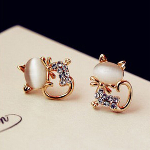 FRESH OPAL RHINESTONE CAT EARRINGS