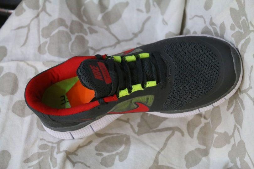 Nike free Run 5.0 + orginal runner third view