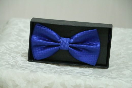 Stylish bows for men first view